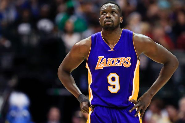 Lakers Reportedly Given Up on Trading LuolDeng